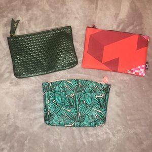 3 makeup bags 💄